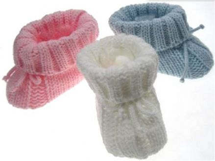Knitted Booties with Bow Detail